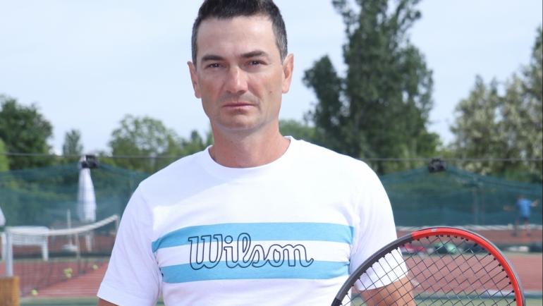 Илия Стоянов